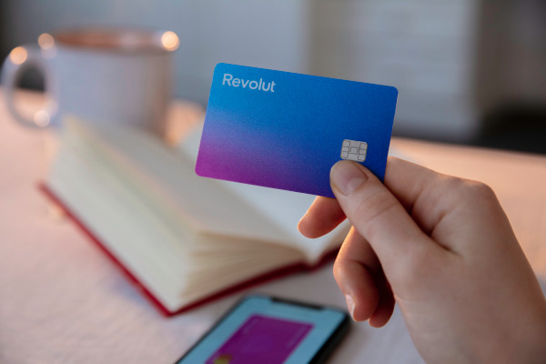 Revolut extends Series D round to $580 million with $80 million in new funding – TechCrunch